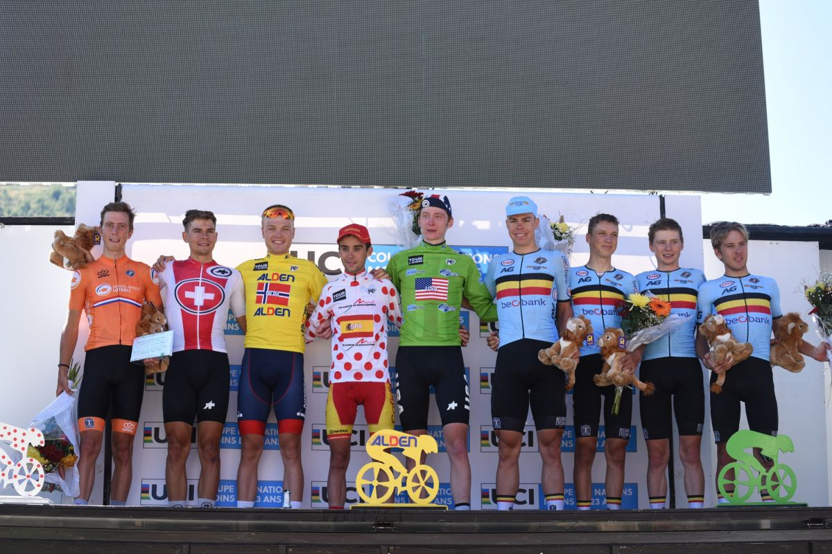 Le podium final avec les champions de demain