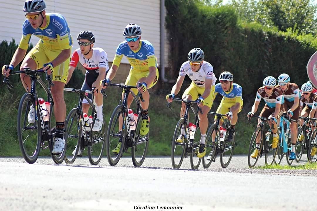 Louis Louvet bien entouré par ses équipiers