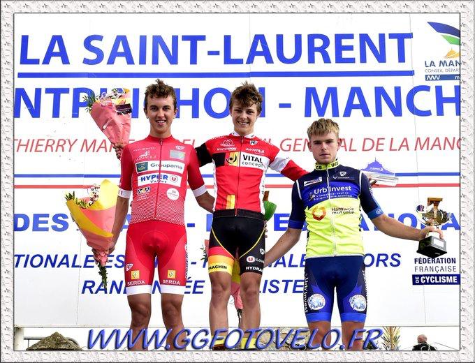 Nolann Mahoudo lève les bras au Prix de la Saint-Laurent