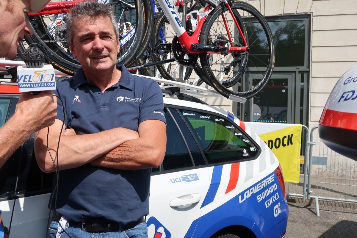 Yvon Madiot au micro de vélo101