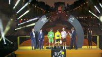 Un Tour de France haut en coureurs
