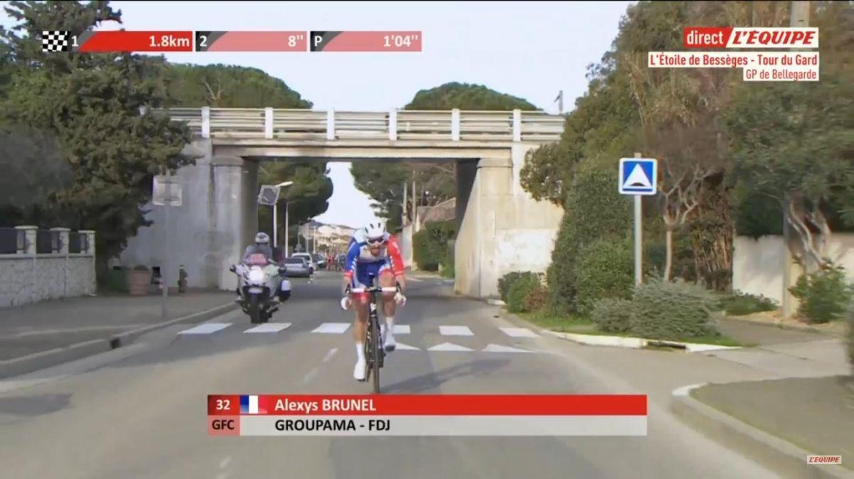 Alexys Brunel attaque à 4km de l'arrivée