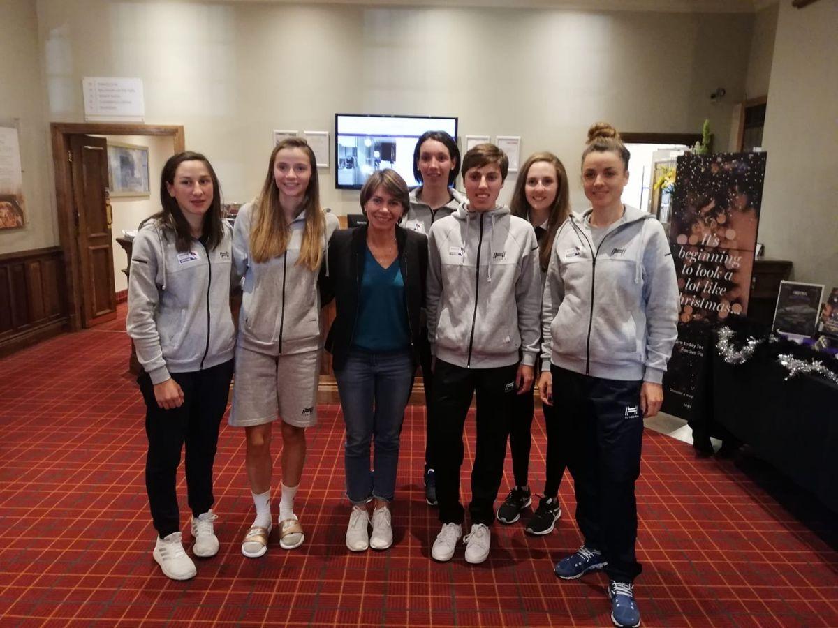 Elisabeth aux côtés de l'équipe de France route aux Championnats du Monde 2019