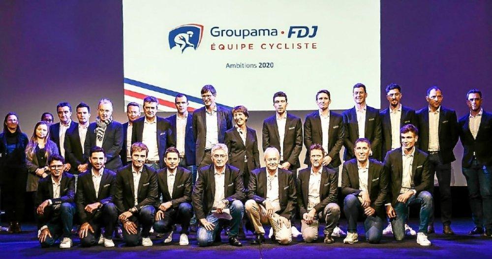 L'effectif de la Groupama-FDJ lors de la présentation de l'équipe en janvier dernier, au siège de Groupama 1
