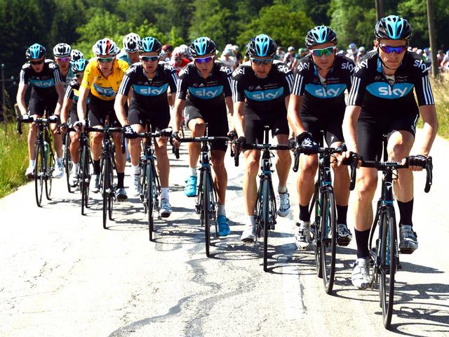 La découverte du fameux train du Team Sky lors du Critérium du Dauphiné 2012