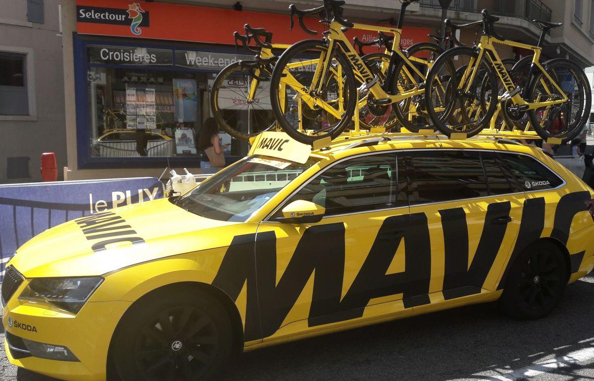 Les voitures d'assistance neutre de Mavic sur le Tour de France