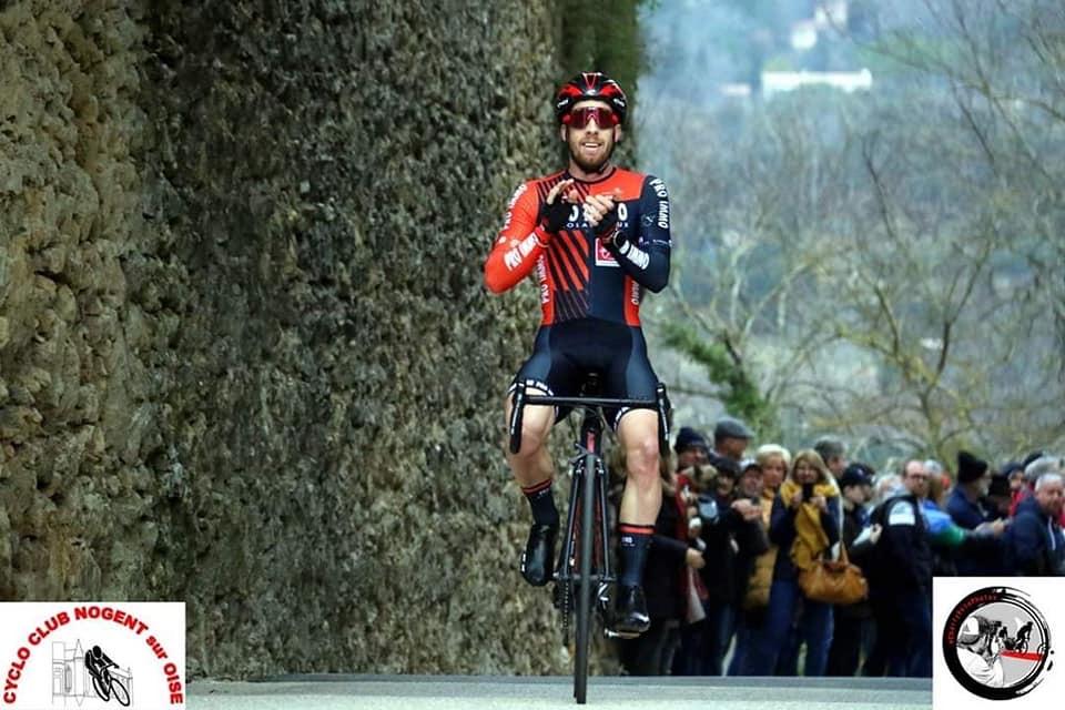 Maxime Urruty remporte la 1ère étape