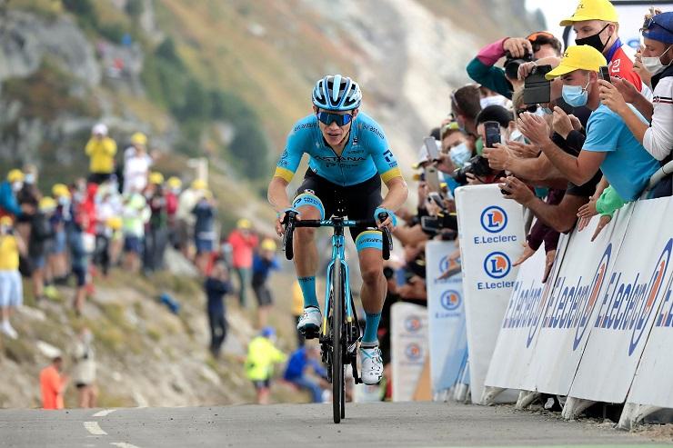 Miguel Angel Lopez l'emporte au sommet du col de la Loze