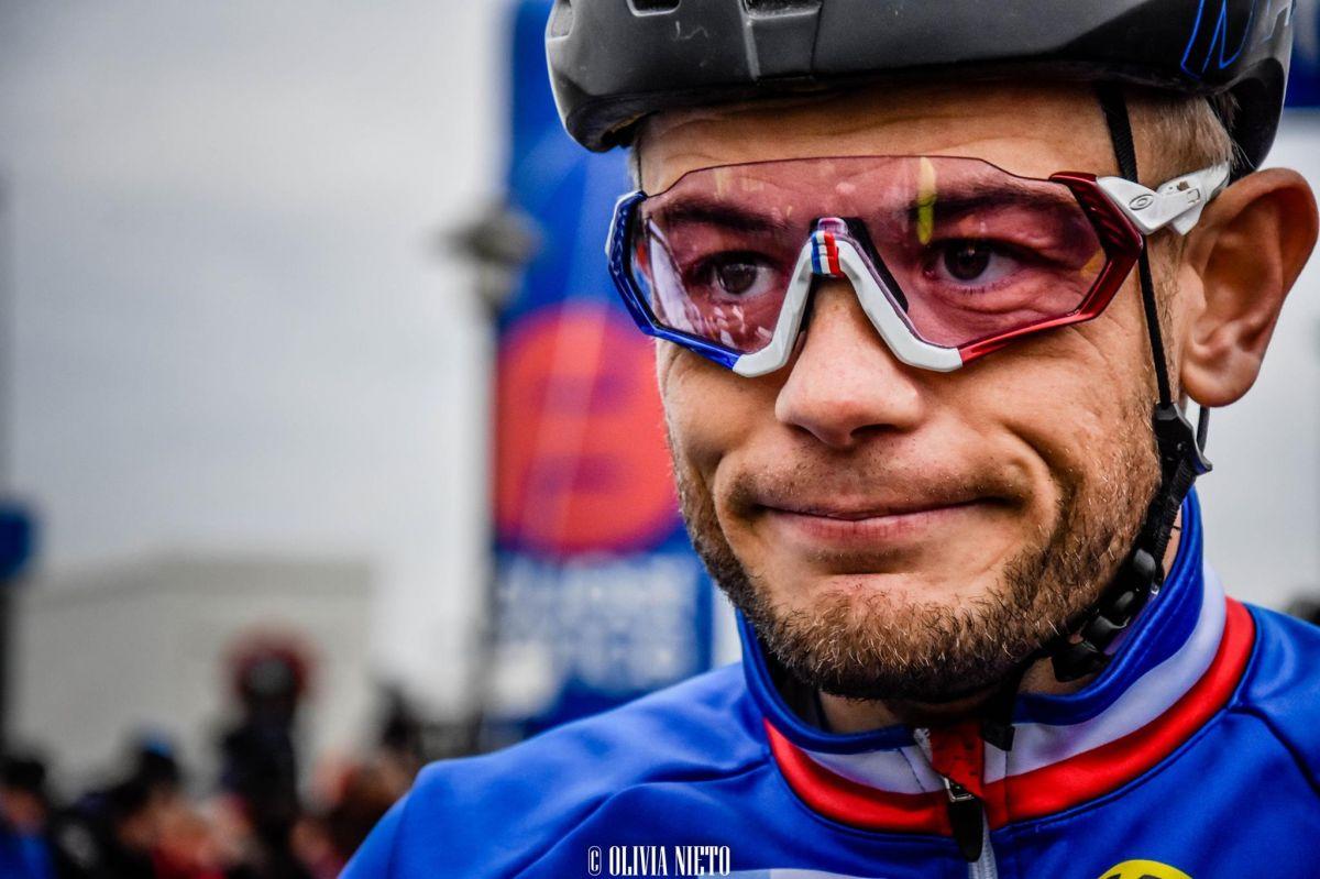 Steve Chainel en son maillot de Champion de France de cyclo-cross 2018