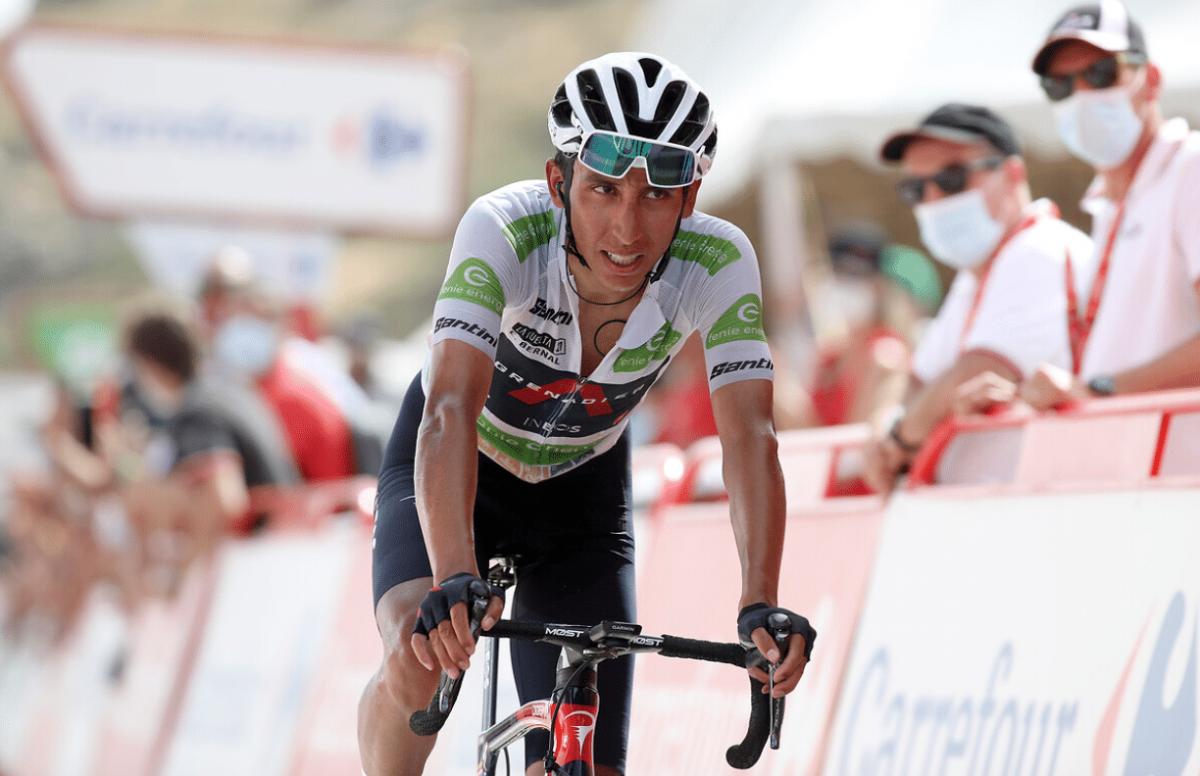 Egan Bernal, lâché par Primoz Roglic et les favoris sur la 9e étape de la Vuelta 2021