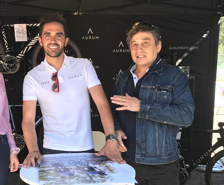En compagnie d'Alberto Contador