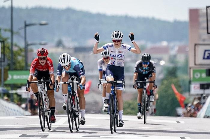 Evita Muzic gagne dans un sprint serré