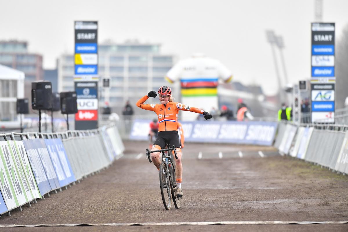 Fem Van Empel Championne du Monde U23 Femmes
