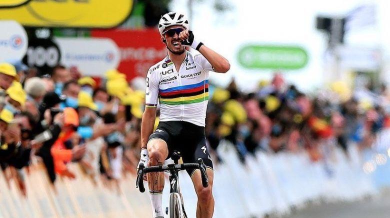Julian Alaphilippe, vainqueur à Landerneau, sur la 1ere étape du Tour