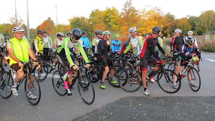 Même avec des profils de cyclistes différents, la sortie collective peut être mise à profit
