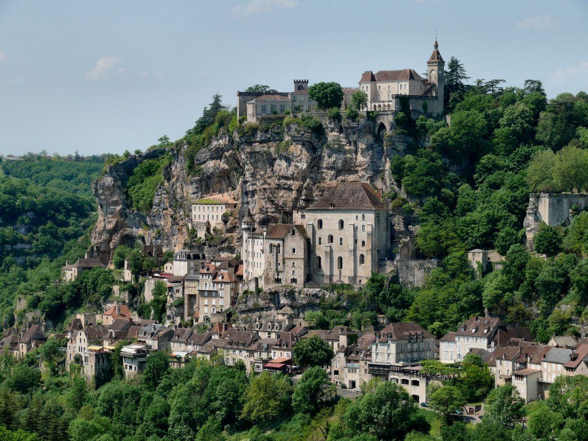Rocamadour, splendide théâtre de l'arrivée du contre-la-montre final de ce Tour 2022